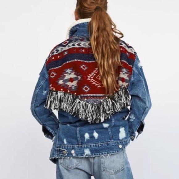 2c6f3a92 Zara Aztec Fringe Shearling Collar Denim Jacket. M_5b17de589519960fbe63e910